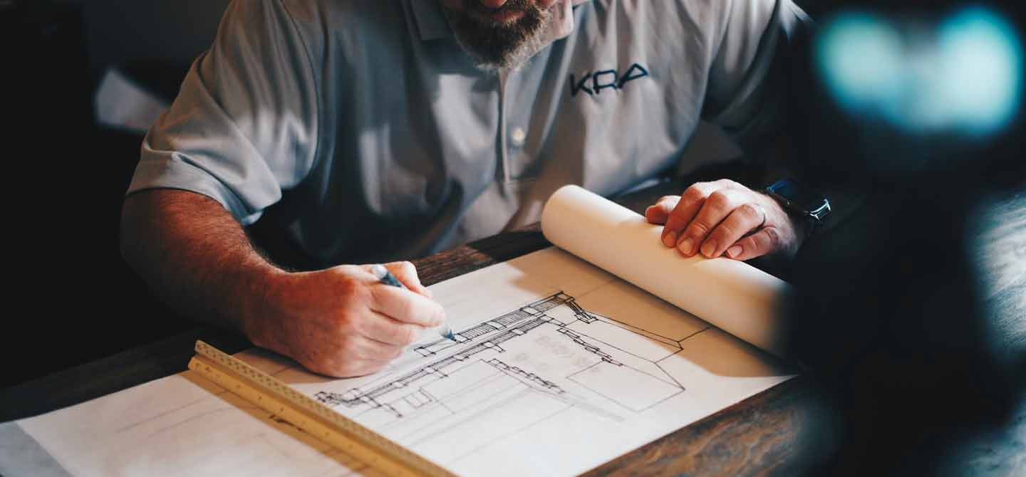 How do Master Builders Contracts Work?